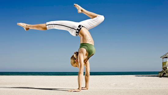 ella-magers-yoga